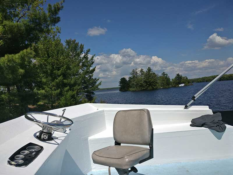 Big Island, Pigeon Lake, houseboating and mooring